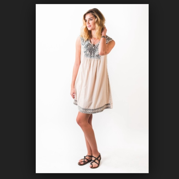 9717d8ab04 Earthbound Trading Co. Dresses